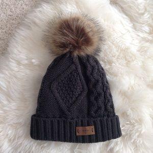 dark grey cableknit pompom winter beanie hat